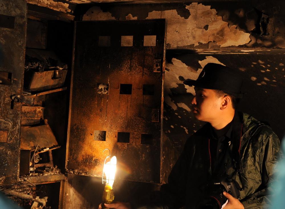 家中电气线路故障引发火灾,19岁花季少女遇难!