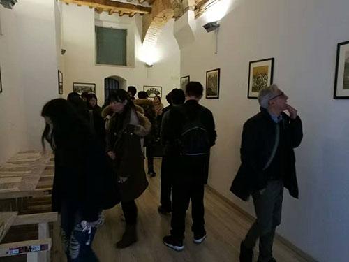 《遥望那边--写意敦煌》画展在意大利佩鲁贾开