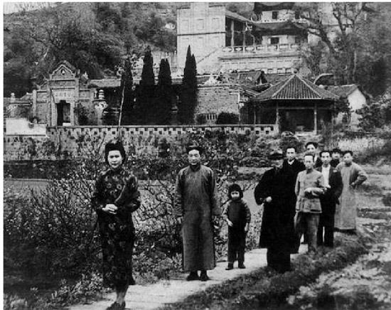 """历史上的""""中国美术学院"""""""