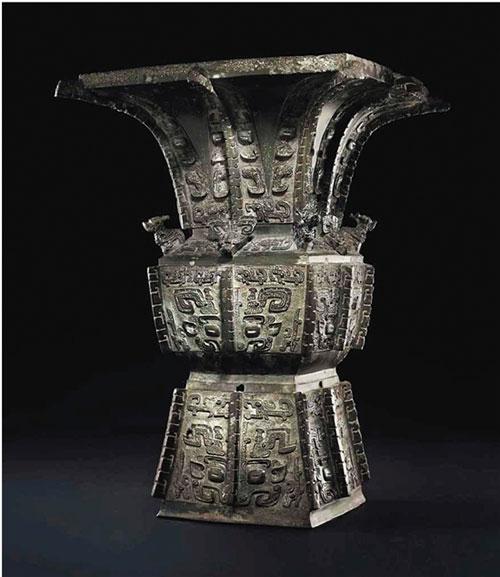 商晚期 安阳 青铜饕餮纹方尊 成交价:37,207,500美元 刷新高古青铜器世界拍卖纪录