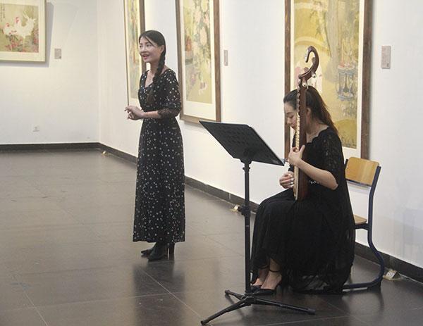 展覽現場古曲吟唱。