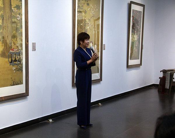 北京師範大學藝術與傳媒學院分黨委書記於丹現場致辭。