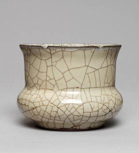北宋官窑窑址至今尚未发现,遗址由于黄河多次泛滥,已经深埋河