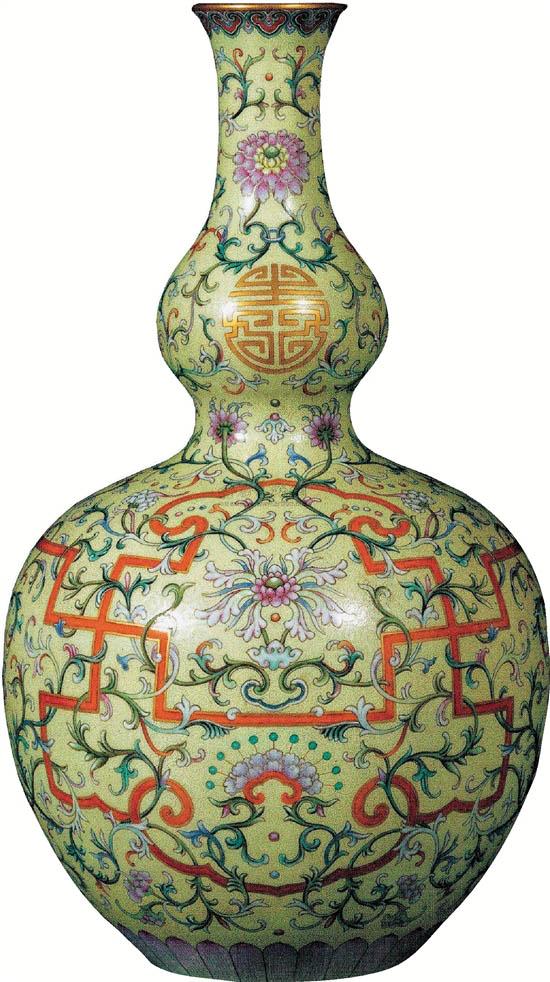 清代有其制瓷高峰,康熙、雍正、乾隆三代是清代瓷器烧造的高峰