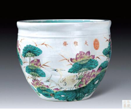 浓艳华丽的瓷器,代表了晚清时期的宫廷风尚