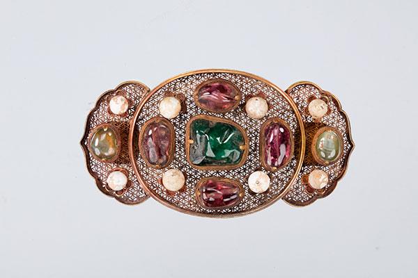 嵌珠宝透空鎏金绦环