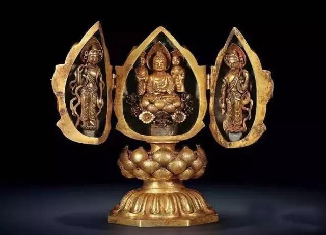 46件造型精美色彩艳丽的佛龛艺术欣赏