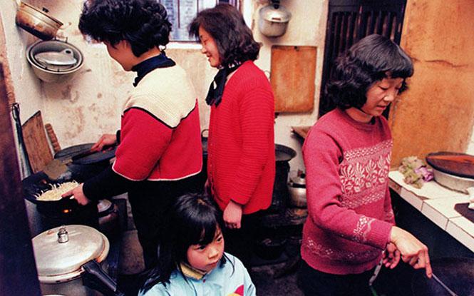 组图:13亿人的40年——老照片中的百姓生活变迁