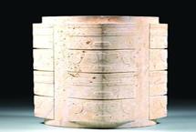 """""""纹""""以载道,藏礼于器良渚的用玉制度体现了当时社会权利的分配,也由此开启了中国礼制和礼器的传统与实践。""""中华文明五千年的实证"""",良渚当之无愧。【详细】"""