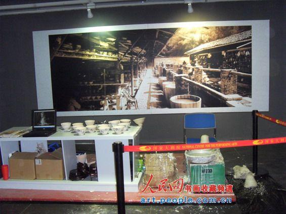 网记者带您参观景德镇陶瓷成就成